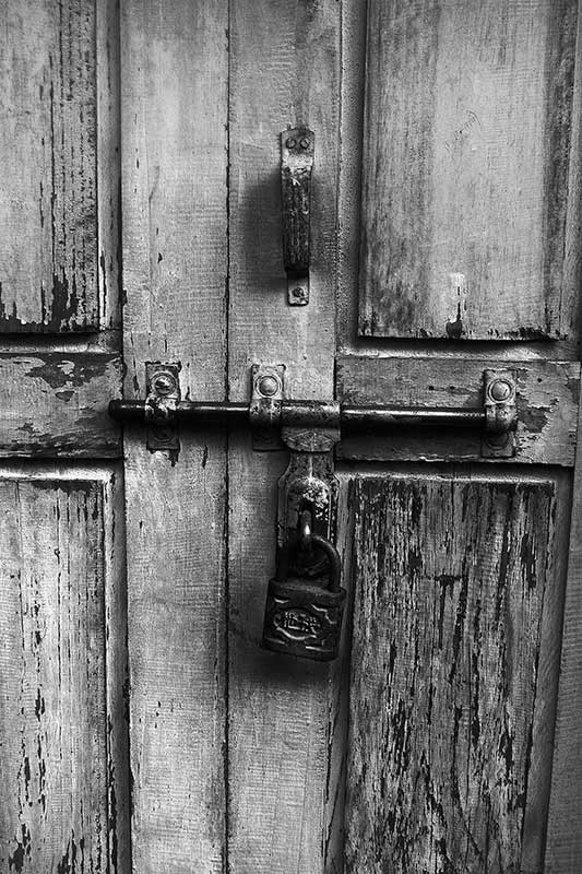 nepal_ansel-adams-door_loxley-browne-photography